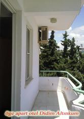 oge-apart-balkon