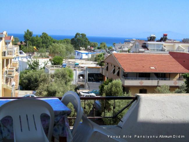 yavuz-pansiyon-altinkum-balkon