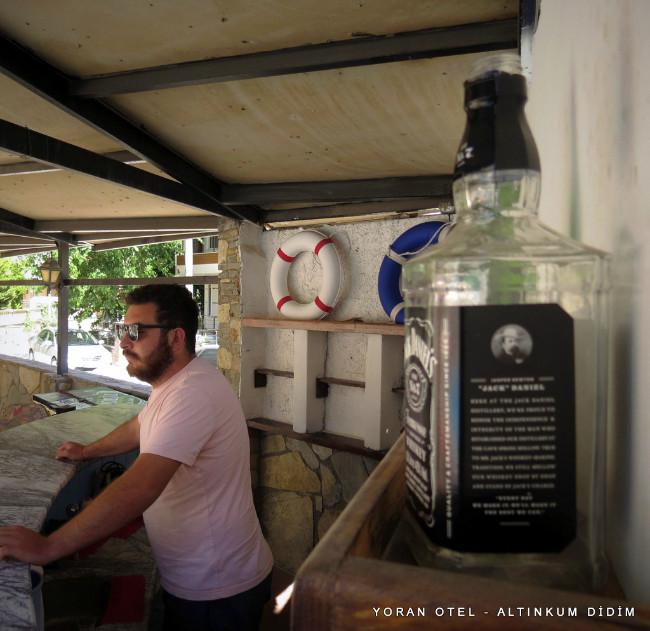 yoran-otel-altinkum-havuz-bar