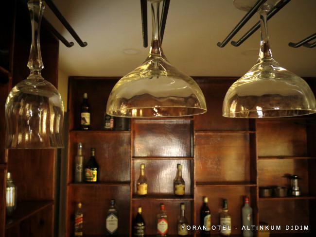 yoran-otel-lobby-bar