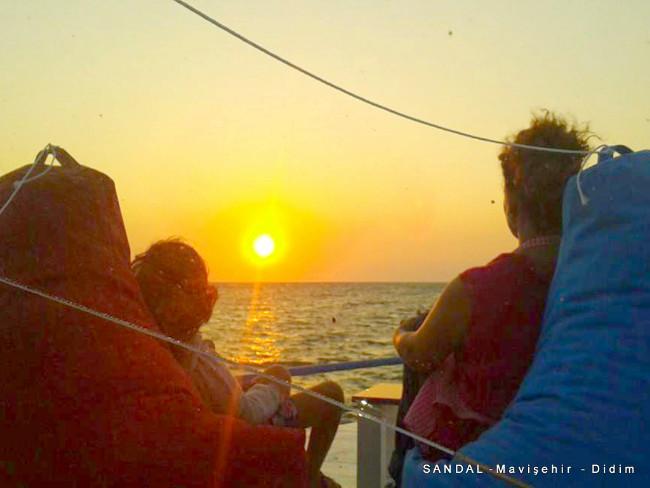 sandal-mavisehir-didim-sunset