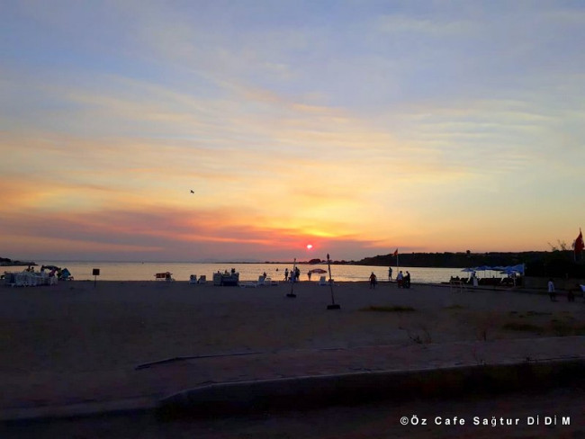 sagtur-beach-oz-cafe-mavisehir-didim